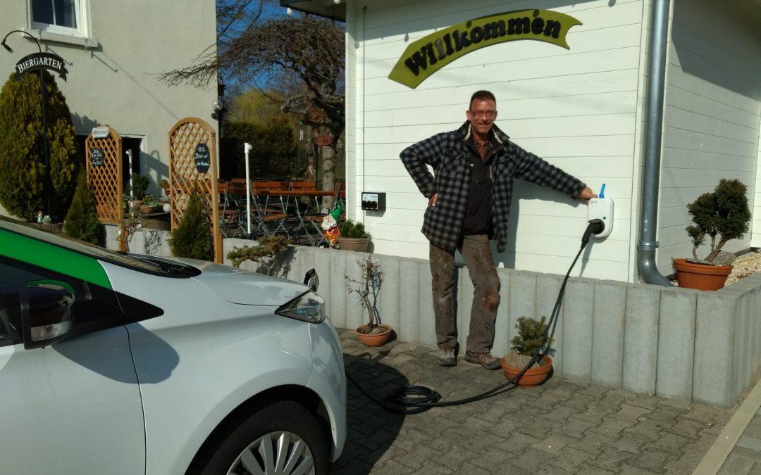 """""""Rad's Keller"""" Mülsen installiert E-Bike- und Kfz-Ladestation"""